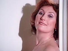 Louise Howitt  nackt