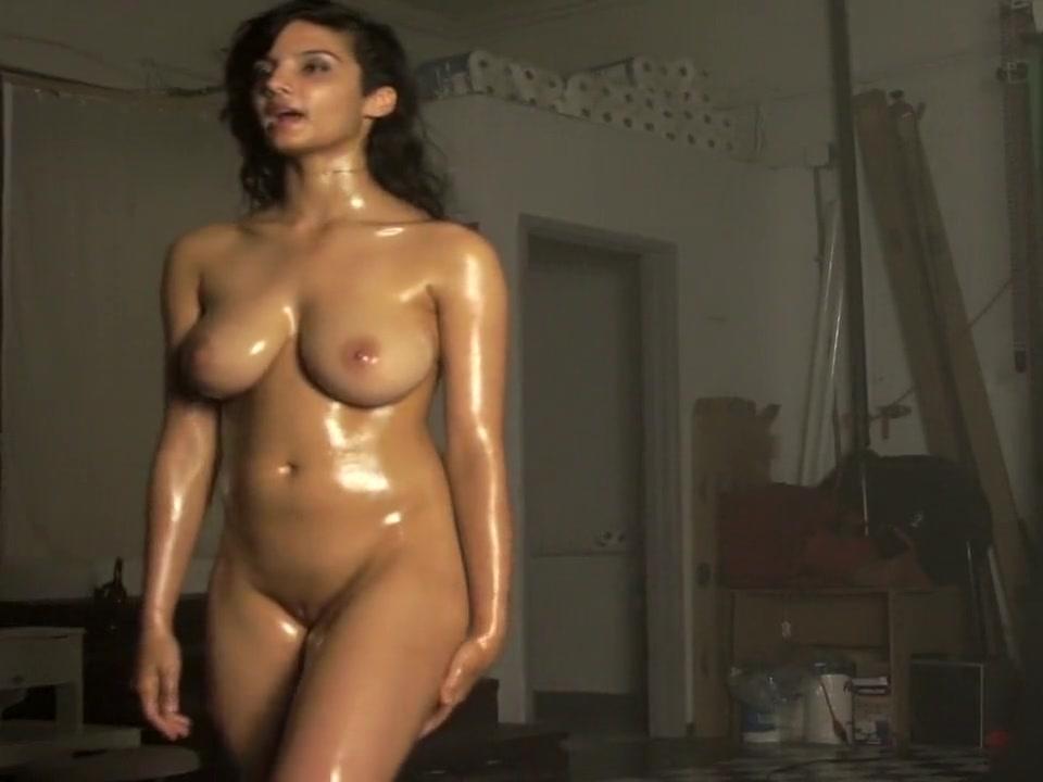 Nude shanaya Shanaya Abigail