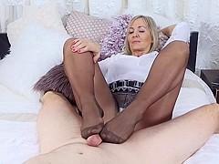 Pantyhose nackt ala Ala Porn