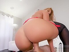Hot MILF Fucks The Delivery boy