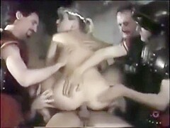 Tarra White is een anale godin