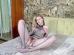 Birn nackt Laura  Laura Birn